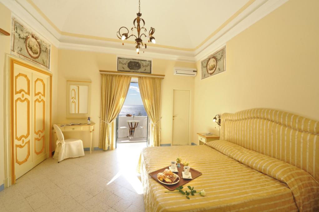 hotel-torre-saracena1
